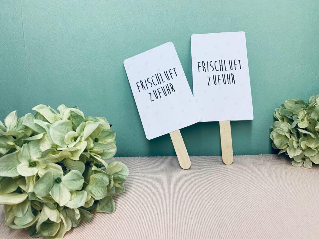 selbstgebastelte Handfächer für die Hochzeit