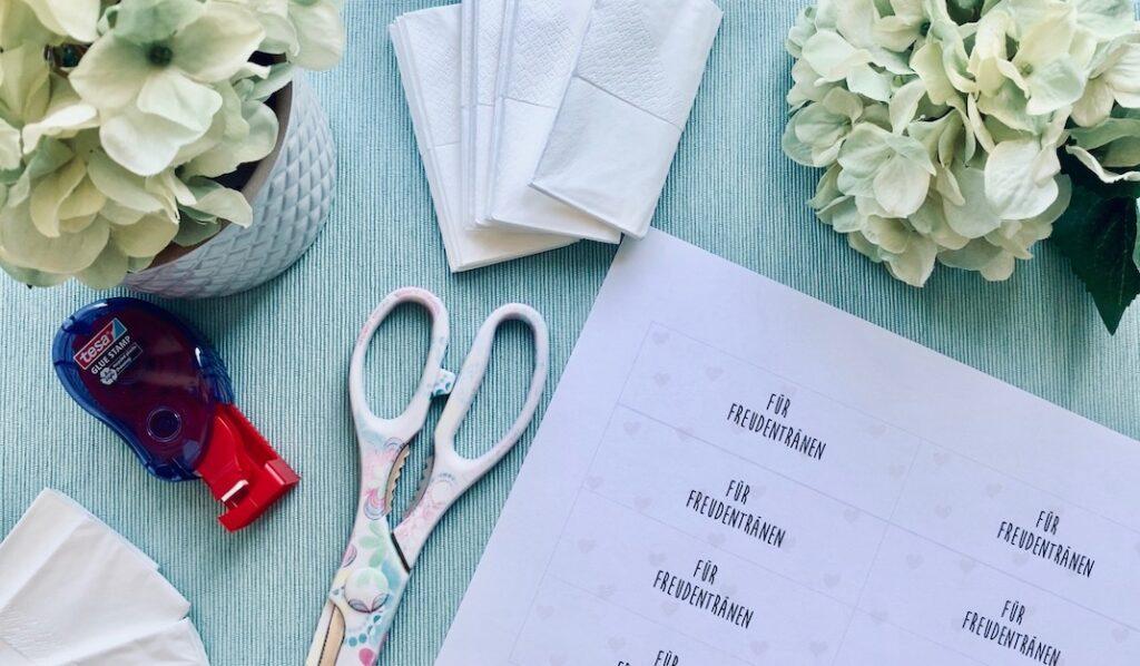 Freudentränen Taschentücher Vorlage und Bastelmaterial