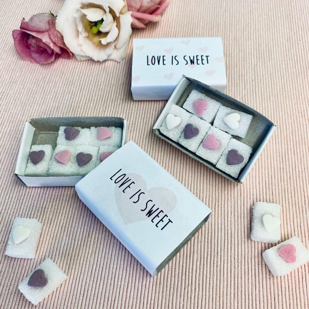 """Gastgeschenk für die Hochzeit """"Love is Sweet"""""""