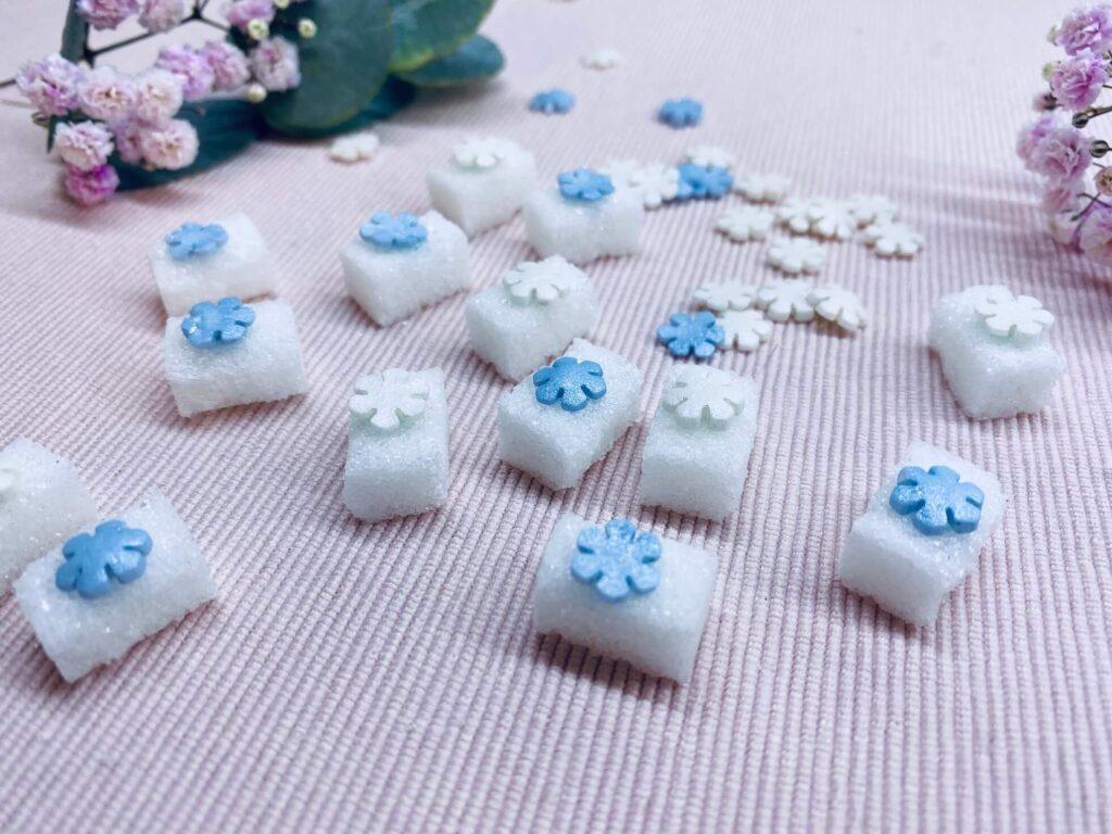 Zuckerwürfel mit Schneeflocken