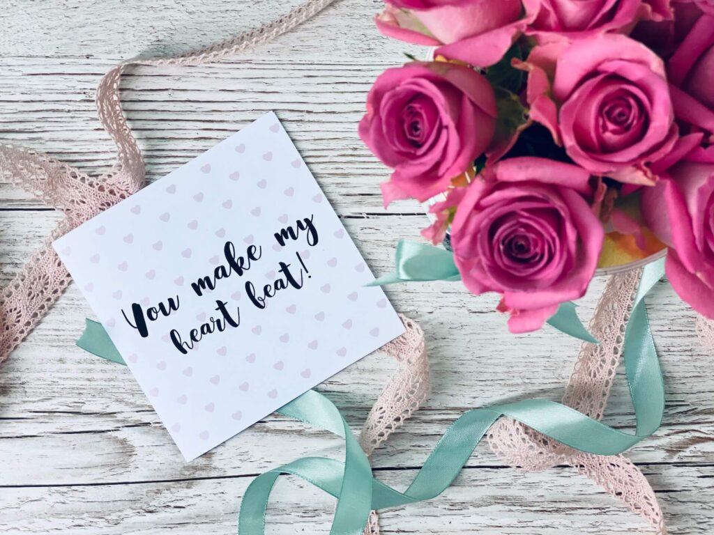 Rosenbox mit Valentinstagskarte