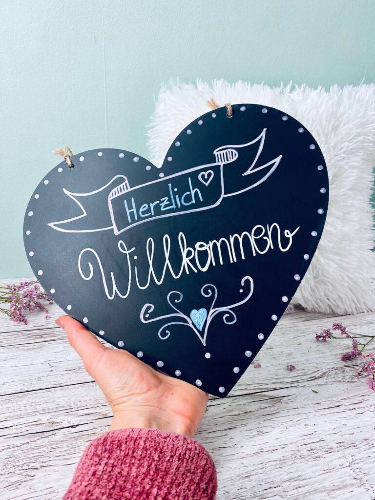 DIY Türschild Herzlich Willkommen Variante 1