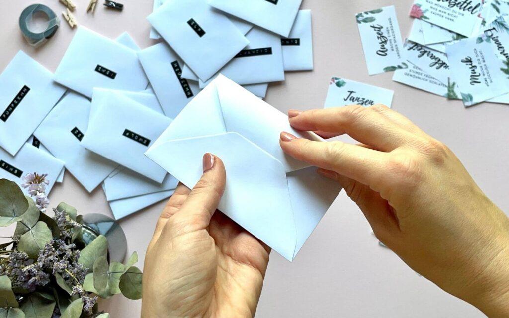 Briefumschlag schliessen